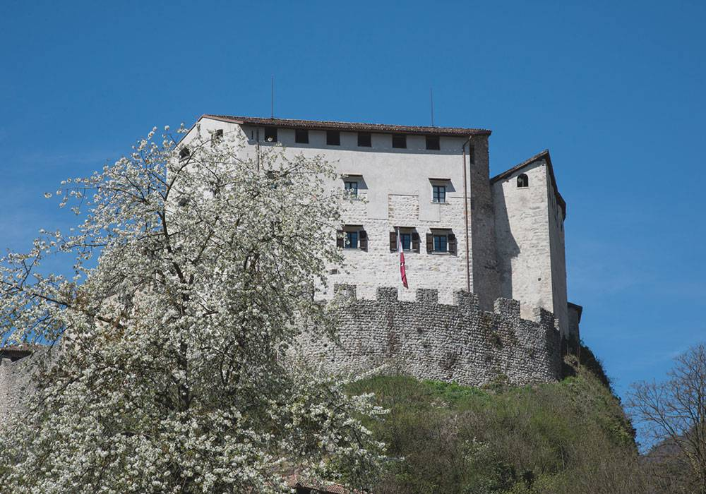 The Trentino castles: diving into history